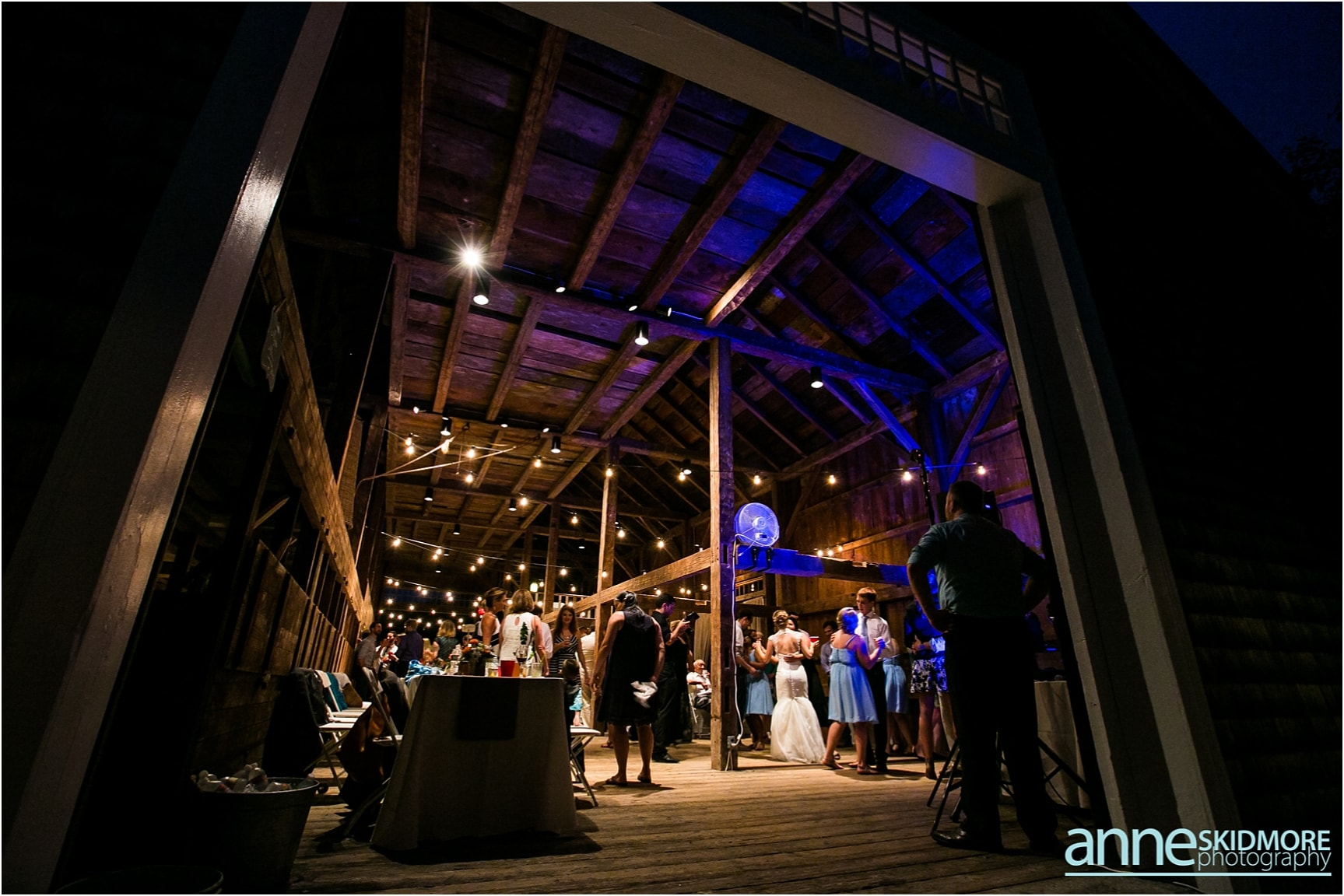 moody_mountain_farm_wedding_0094
